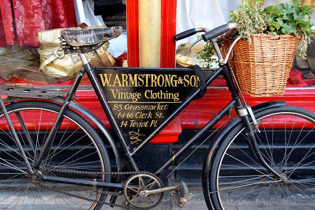 Vintage Bicycle, Edinburgh   www.rachelphipps.com @rachelphipps