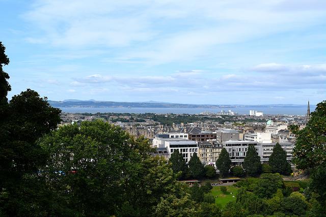 View from Edinburgh Castle   www.rachelphipps.com @rachelphipps