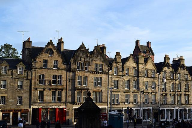 House Tops, Edinburgh   www.rachelphipps.com @rachelphipps
