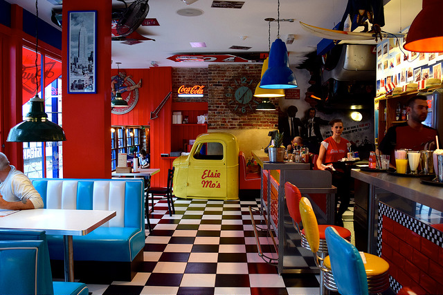 Inside at Elsie Mo's Diner, Canterbury | www.rachelphipps.com @rachelphipps