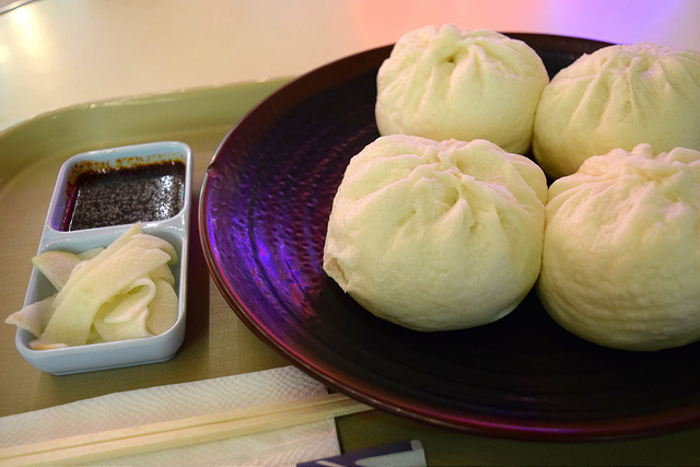 King Dumplings at Koreatown Plaza, Los Angeles | www.rachelphipps.com @rachelphipps