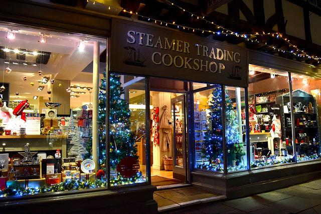 Steamer Trading Christmas Windows, Canterbury | www.rachelphipps.com @rachelphipps