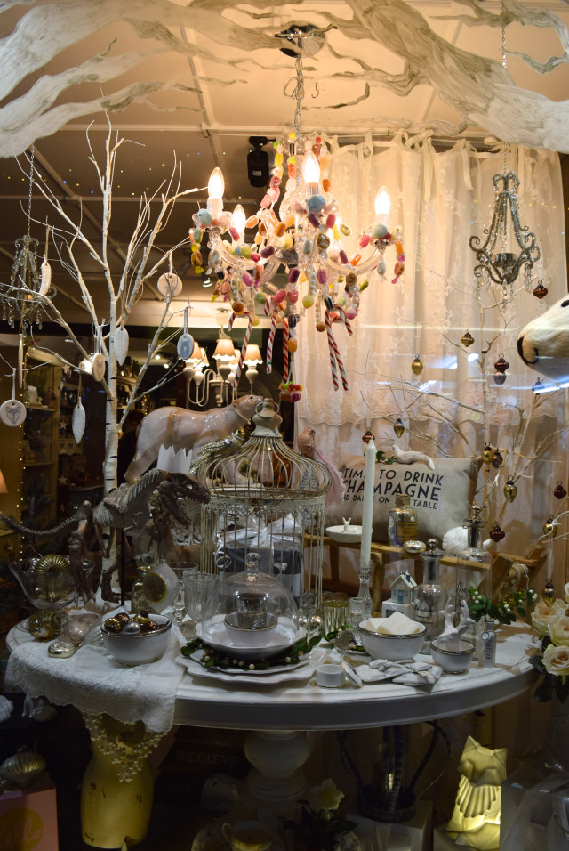 Queen Bee Home Christmas Window, Canterbury | www.rachelphipps.com @rachelphipps