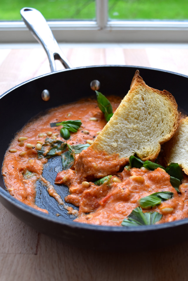 Student Suppers: Strapatsada with Basil & Pine Nuts | www.rachelphipps.com @rachelphipps