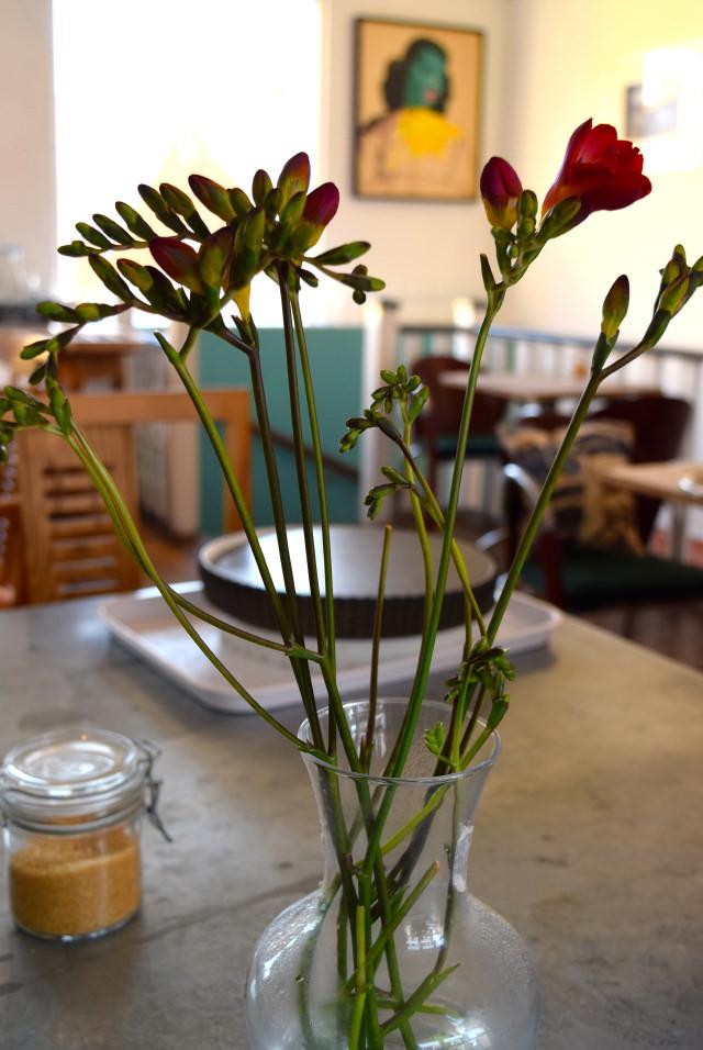 Freesias at Pop Up Cafe, Deal | www.rachelphipps.com @rachelphipps