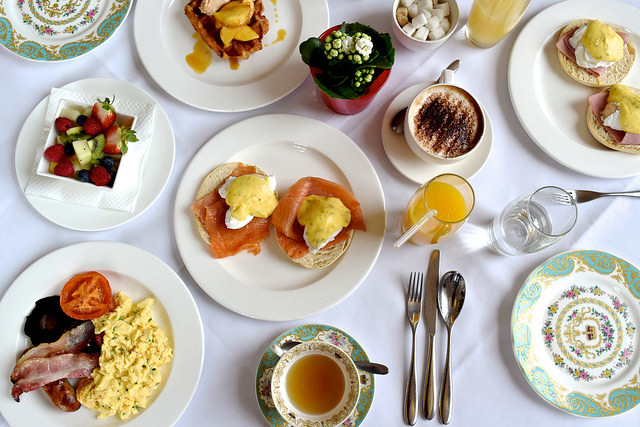 Breakfast at The Orangery, Kensington Palace | www.rachelphipps.com @rachelphipps
