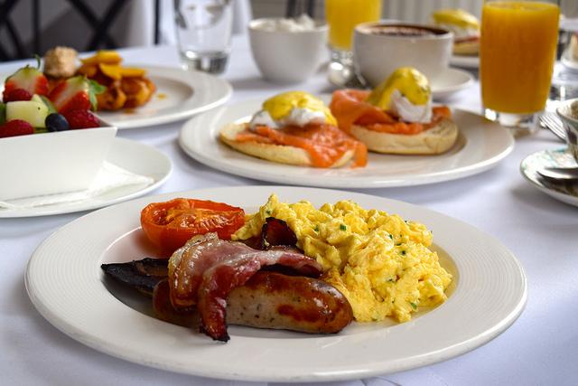 Full English Breakfast at The Orangery, Kensington Palace | www.rachelphipps.com @rachelphipps