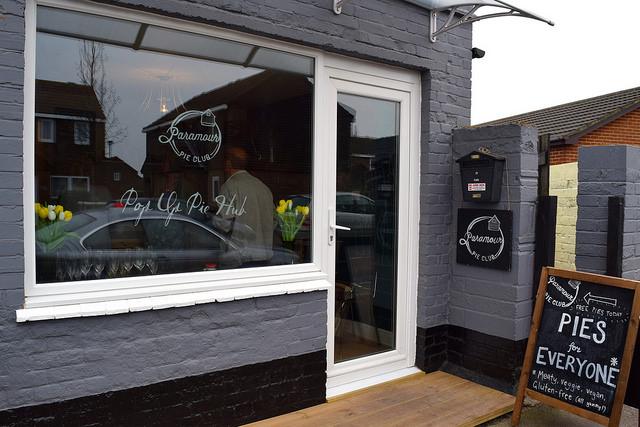 Paramour Pie Club's Pop Up Pie Club, Deal | www.rachelphipps.com @rachelphipps