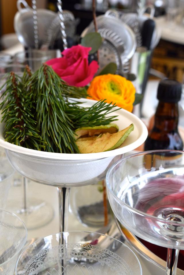 Cocktail Garnishes with Appletiser | www.rachelphipps.com @rachelphipps