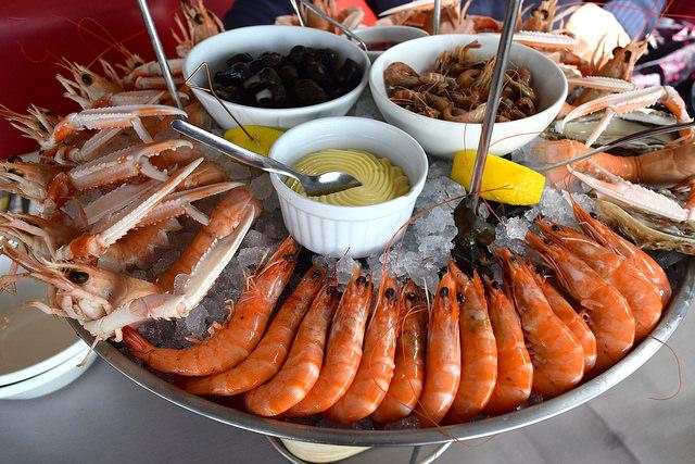 Prawns in Cancale, Brittany | www.rachelphipps.com @rachelphipps