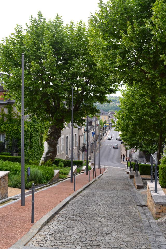 Terrasson, Aquitane | www.rachelphipps.com @rachelphipps