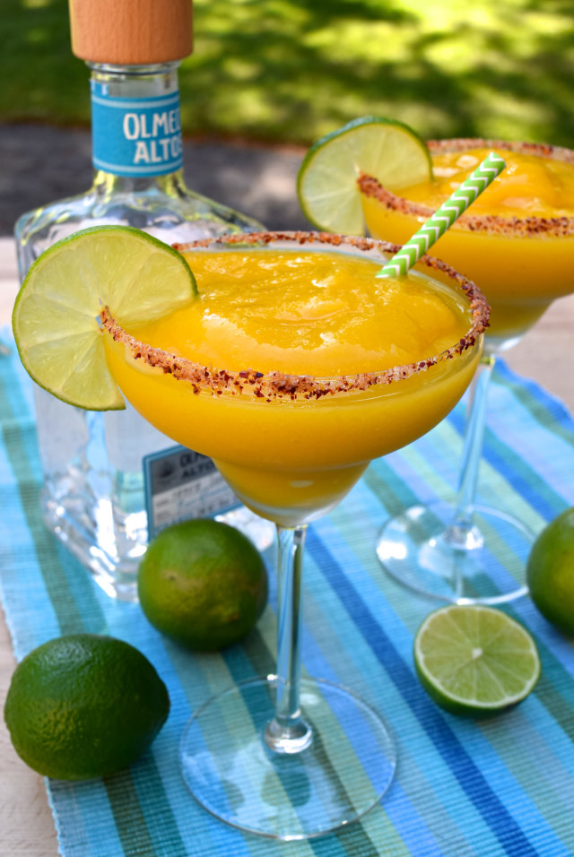 Frozen Mango Margaritas   www.rachelphipps.com @rachelphipps