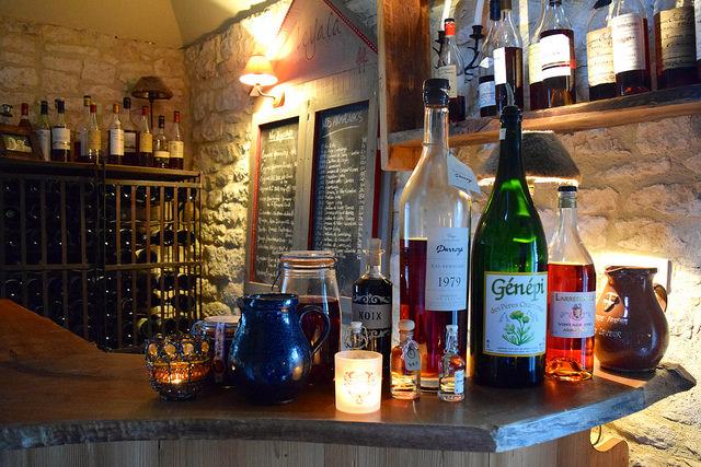 Snug Bar at Manoir de Malagorse   www.rachelphipps.com @rachelphipps