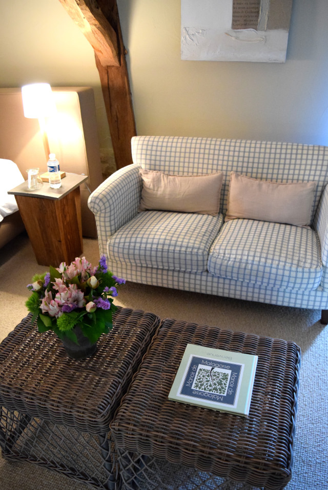 Bedroom Sofa at Manoir de Malagorse   www.rachelphipps.com @rachelphipps