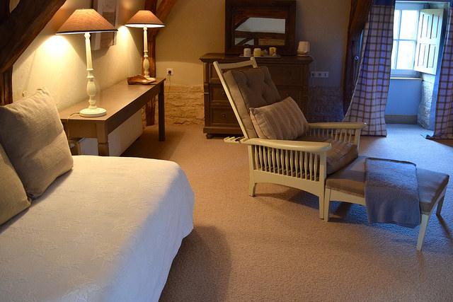 Day Bed at Manoir de Malagorse   www.rachelphipps.com @rachelphipps