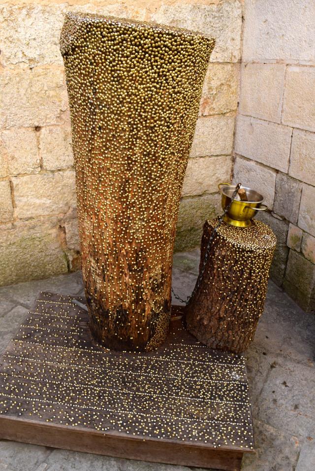 Prayer Pins at Rocamadour | www.rachelphipps.com @rachelphipps