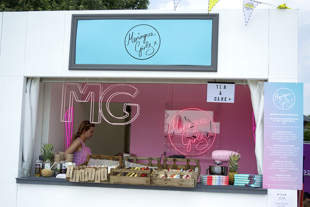 Meringue Girls Stand at Polo in the Park | www.rachelphipps.com @rachelphipps