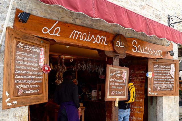 Saussison Shop in Rocamadour | www.rachelphipps.com @rachelphipps
