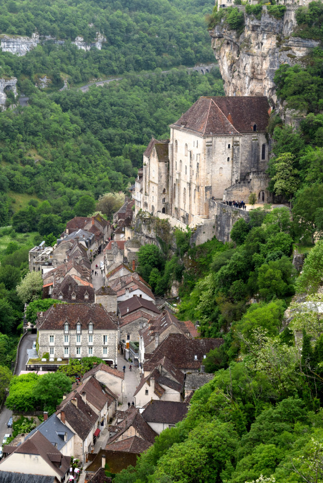 View of Rocamadour, Dordogne Valley | www.rachelphipps.com @rachelphipps