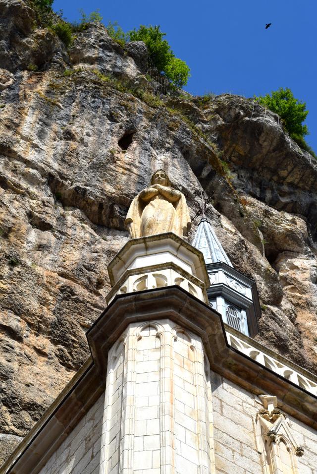 Virgin Mary at Rocamadour | www.rachelphipps.com @rachelphipps