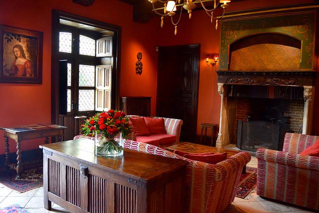 Lounge at Chateau de la Treyne | www.rachelphipps.com @rachelphipps