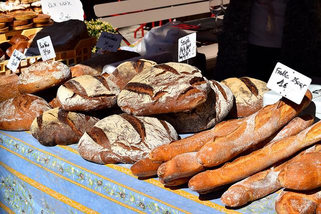 Bread at Sarlat Market | www.rachelphipps.com @rachelphipps