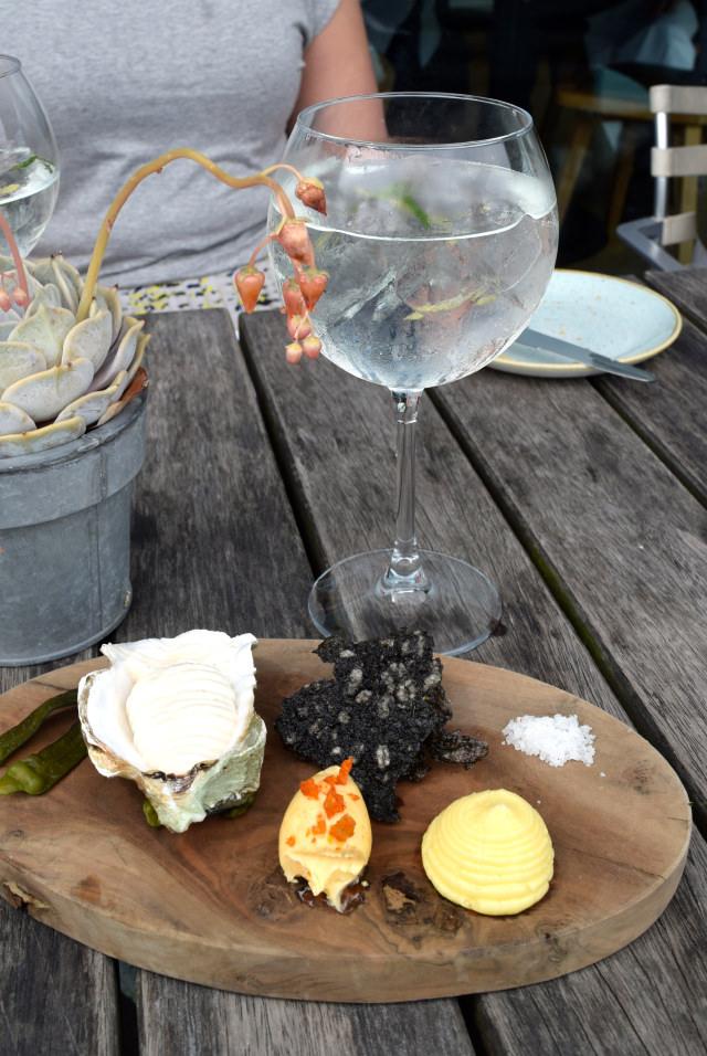 Nibbles and Gin Mare G&Ts at Rocksalt, Folkestone | www.rachelphipps.com @rachelphipps