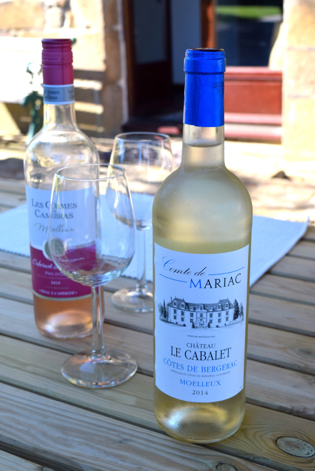 French Wine in Brittany | www.rachelphipps.com @rachelphipps