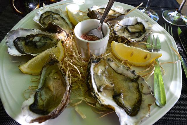 Cancale Oysters at Hotel Restaurant du Chateau, Combourg | www.rachelphipps.com @rachelphipps