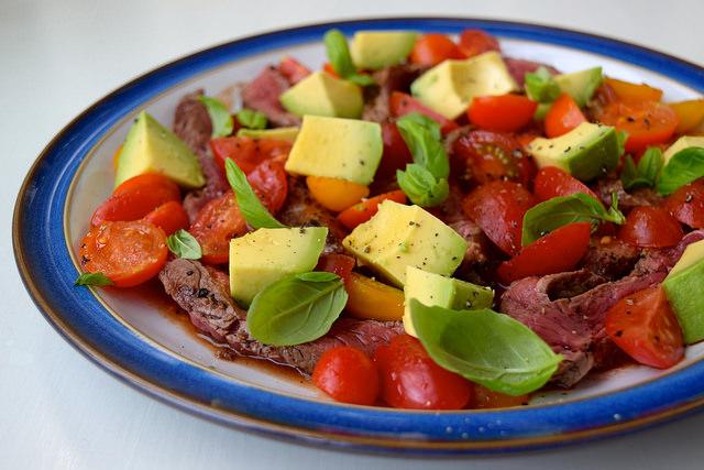 Bloody Mary & Avocado Steak Plate | www.rachelphipps.com @rachelphipps
