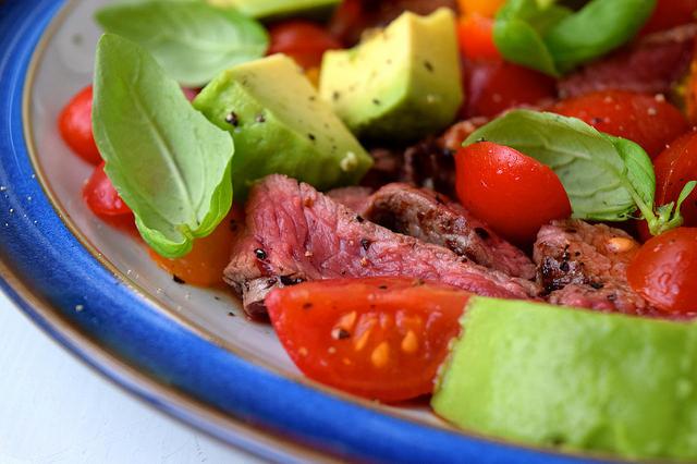 Bloody Mary Steak with Avocado | www.rachelphipps.com @rachelphipps