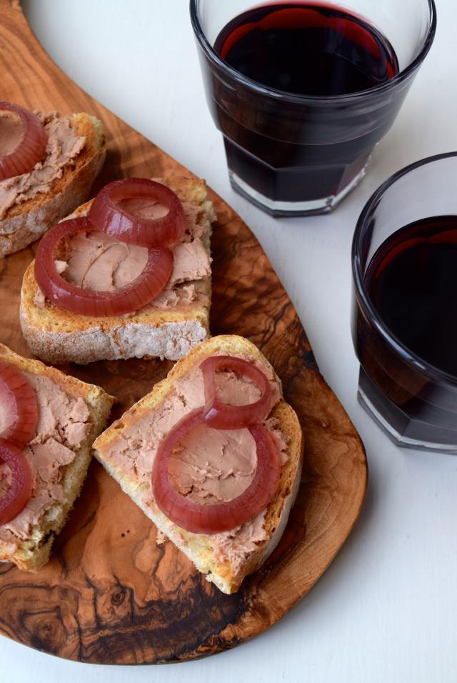 Pate, Pickled Red Onions & Red Wine | www.rachelphipps.com @rachelphipps
