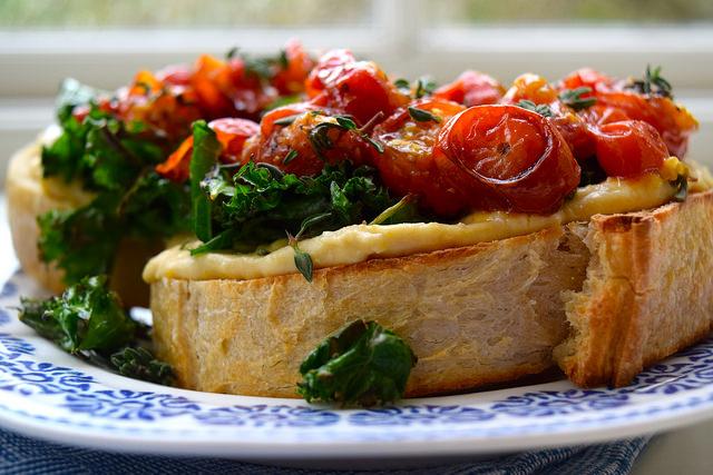 Hummus, Crispy Kale & Thyme Roasted Tomato Sourdough Toast | www.rachelphipps.com @rachelphipps