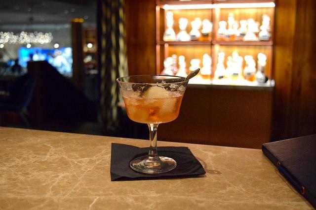 Cocktails at Samarkand, Fitzrovia | www.rachelphipps.com @rachelphipps