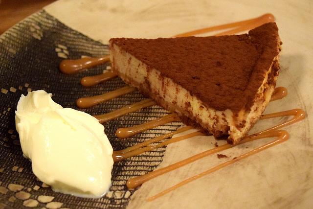 Mars Bar Cheesecake an Creme Fraiche at Haché x Holborn | www.rachelphipps.com @rachelphipps
