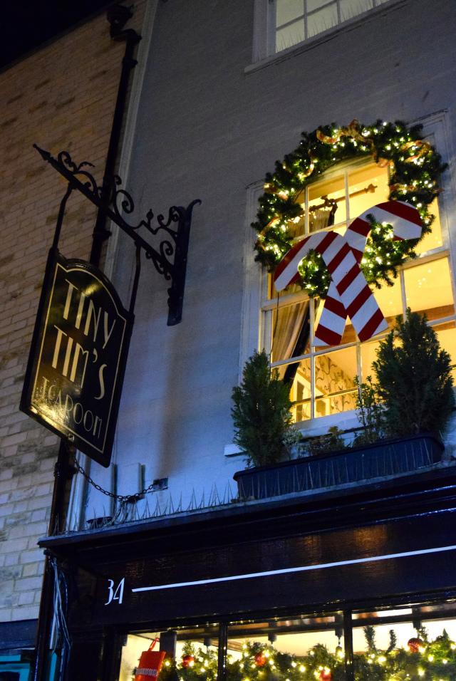 Tiny Tim's Christmas Window 2016 | www.rachelphipps.com @rachelphipps