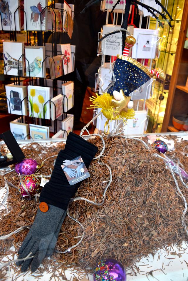 Fallen Angel in the Sowley Christmas Window 2016 | www.rachelphipps.com @rachelphipps