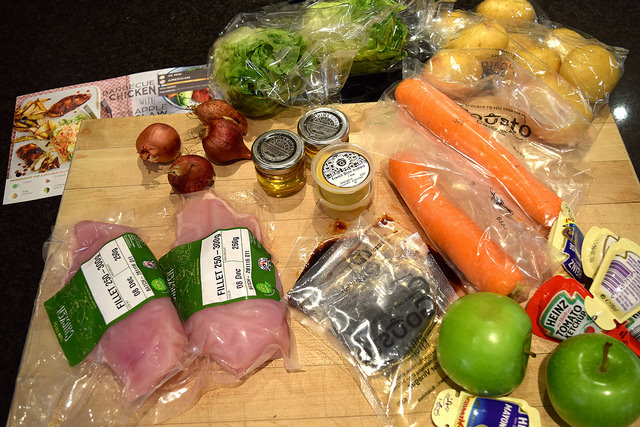 Gousto Barbecue Chicken Ingredients | www.rachelphipps.com @rachelphipps
