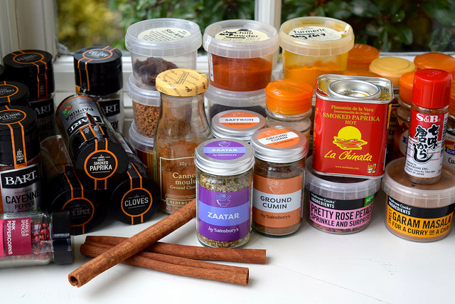 Getting To Grips With Your Spice Collection | www.rachelphipps.com @rachelphipps