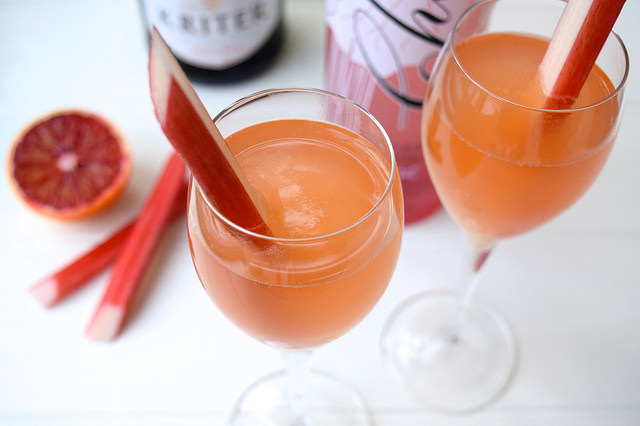 Valentines Day Rhubarb and Blush Orange Fizz | www.rachelphipps.com @rachelphipps