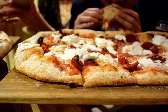 Pizza at Firezza, Soho   www.rachelphipps.com @rachelphipps