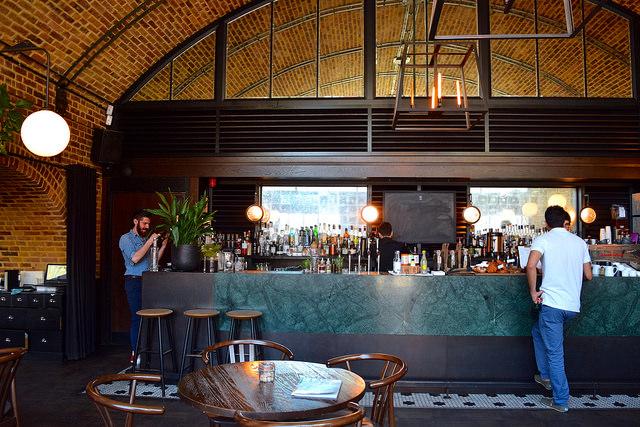 Bar at Beagle, Hoxton | www.rachelphipps.com @rachelphipps