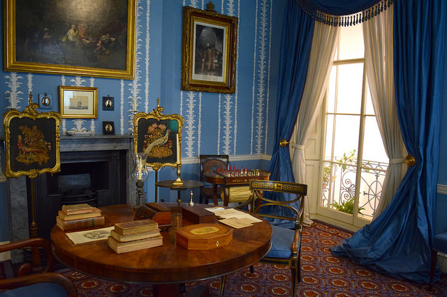 Historical Rooms at The Geffrye Museum of the Home | www.rachelphipps.com @rachelphipps