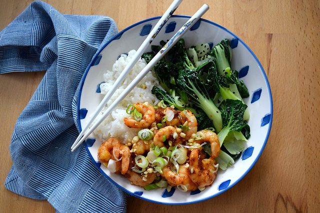 Korean Prawn Rice Bowl w: Sesame Pak Choi   www.rachelphipps.com @rachelphipps