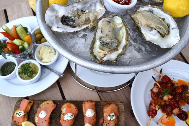Lunch on The Boundary Rooftop, Shoreditch | www.rachelphipps.com @rachelphipps
