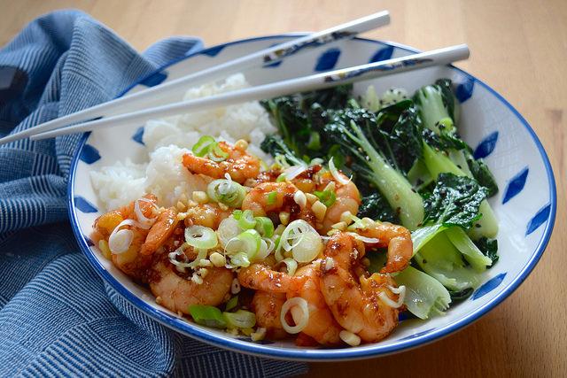 Korean Prawn Rice Bowl with Sesame Pak Choi   www.rachelphipps.com @rachelphipps