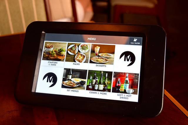 Touch Screen Menu at Mamie's, Covent Garden | www.rachelphipps.com @rachelphipps
