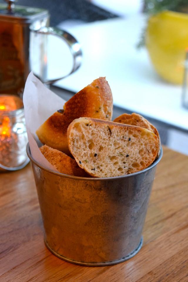Fresh Bread at Mercante, Mayfair | www.rachelphipps.com @rachelphipps