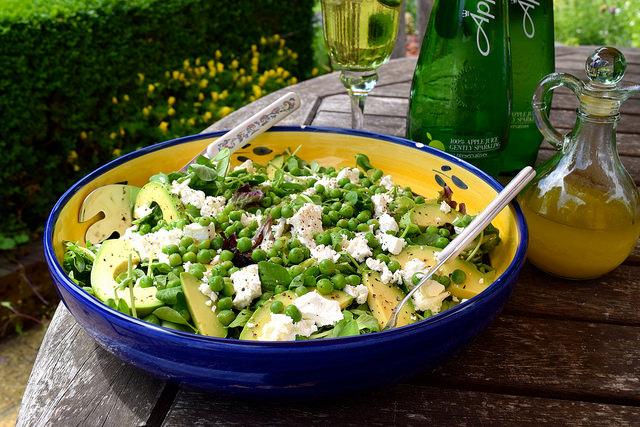Feta, Pea Shoot & Avocado Salad   www.rachelphipps.com @rachelphipps