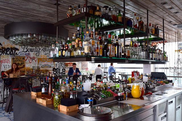 Bar at Duck & Waffle | www.rachelphipps.com @rachelphipps